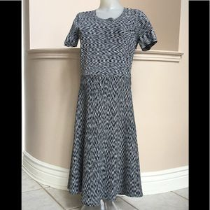 Ann Taylor knit dress figure flattering 🌹